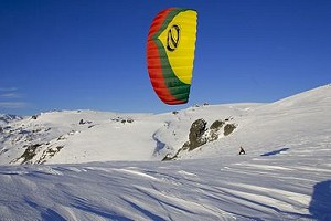 SnowKiting in the mountains